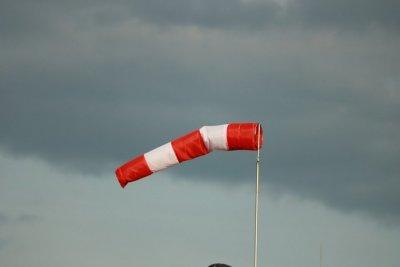 Код жълто за много силен вятър и утре