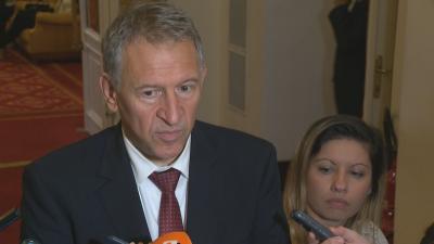 Министър Кацаров: За първи път НЗОК ще финансира лечение на остро заболяване като COVID