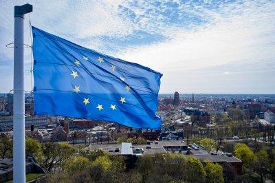 Остра реакция на Варшава срещу Брюксел