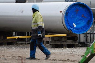 """""""Газпром"""": """"Северен поток 2"""" е напълно завършен"""