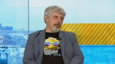 Проф. Николай Витанов: Може да се очаква нов пик на COVID-19
