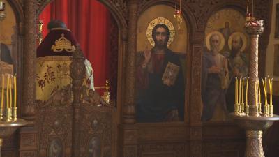 Осветиха дворцовия параклис във Врана