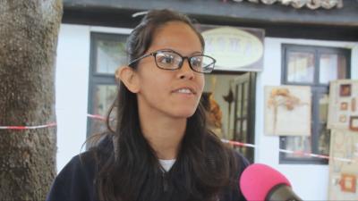 Млада жена, израснала в дом и под запрещение, помага на други като нея