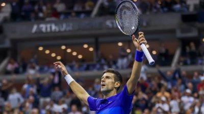 Джокович е само на една крачка от историята след петсетов успех срещу Зверев