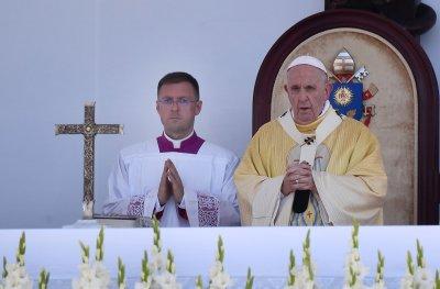 Визитата на папа Франциск в Унгария затвърди различията с премиера Виктор Орбан