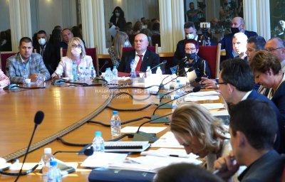 Правната комисия прие Бюрото за защита да бъде прехвърлено към правосъдното министерство
