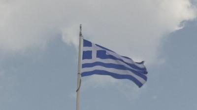 Гърция въвежда задължителен бърз COVID тест за достъп до обществен транспорт