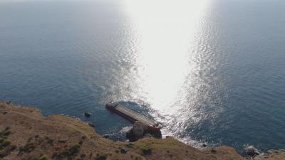 Как ще продължи операцията по разтоварването на заседналия кораб край Камен бряг?
