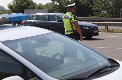 Без инциденти с деца е преминал първият учебен ден, Пътна полиция с нова акция