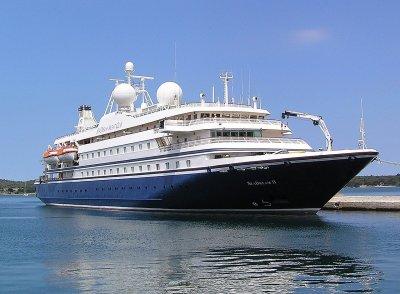 """Круизният кораб """"Морска мечта II"""" акостира в Бургас"""