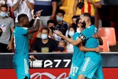 Обрат в края донесе победа на Реал Мадрид над Валенсия