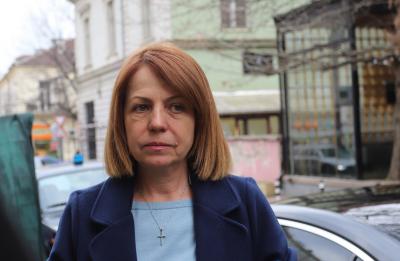 """Връчиха акт на Фандъкова - светофарът пред УМБАЛ """"Св. Иван Рилски"""" е незаконен"""