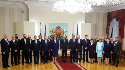 "Трима нови министри в кабинета ""Стефан Янев 2"" (ОБЗОР)"