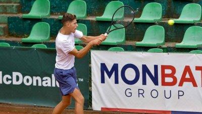 Симон-Антони Иванов загуби при дебюта си в АТР