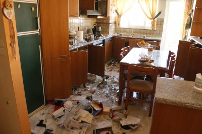 Разрухата след труса на остров Крит (Снимки)