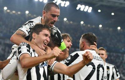 Светкавичен гол след почивката донесе победата на Ювентус над Челси