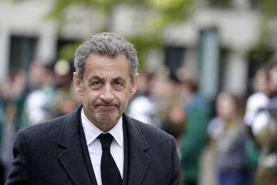 Осъдиха Саркози на 1 година затвор