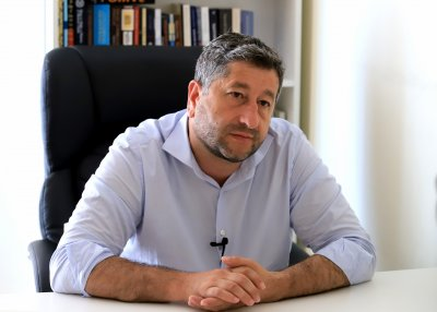 Христо Иванов ще предложи ДБ да застане зад Лозан Панов