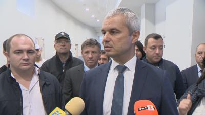 Започна делото срещу Костадин Костадинов, той подозира, че опитват да го уязвят