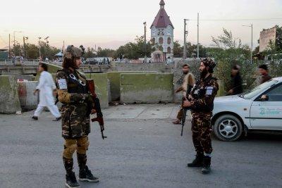 Талибаните забраниха музика на живо и алкохол по време на сватби