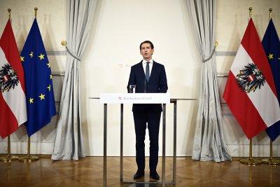 Първи арест по разследването в Австрия, довело до оставката на Курц
