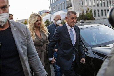 Обрат: Бабиш губи изборите в Чехия