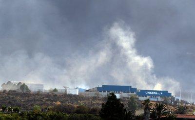 Вулканът на остров Ла Палма погълна циментов завод