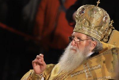 Българският патриарх Неофит посреща в уединение своя 76-и рожден ден