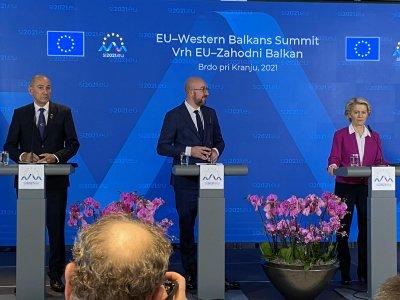 Европейската комисия ще инвестира 30 млрд. евро в Западните Балкани