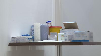 Лекари от Карлово не искат трета доза ваксина заради срока ѝ на годност