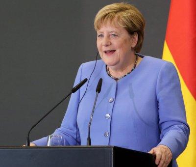 Ще се наруши ли балансът в ЕС след оттеглянето на Меркел