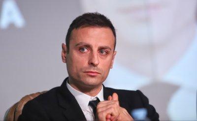 От екипа на Бербатов призоваха Боби Михайлов да се откаже от битката за БФС