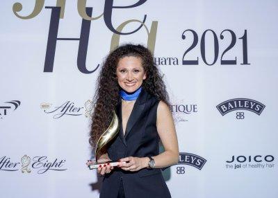"""Избраха главния дизайнер на БНТ Ина Асса за """"Жена на годината"""" 2021"""