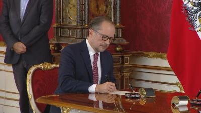 Австрия има нов канцлер - Александер Шаленберг положи клетва