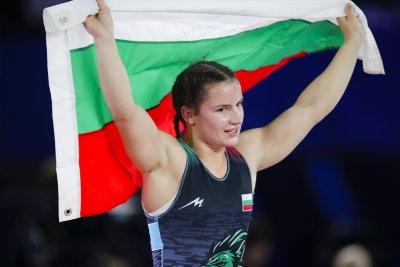 Биляна Дудова е на световния връх в женската борба (ВИДЕО)