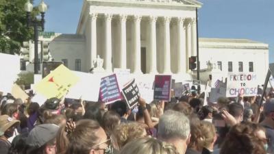 Съдът в Тексас временно отмени спорната забрана за аборти