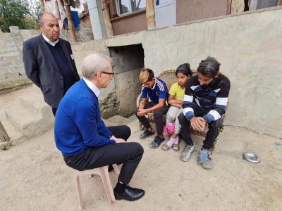 МОН: Над 9200 семейства са посетени от екипите за връщане на децата в клас