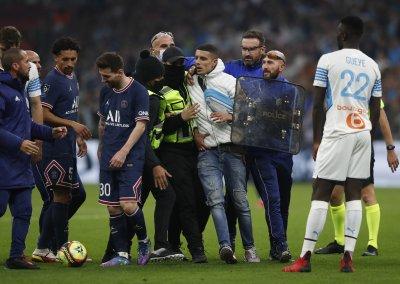 Сериозно напрежение по трибуните и на терена при нулевото равенство между Марсилия и ПСЖ