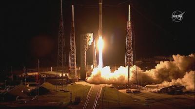 """Успешно изстреляха сондата """"Луси"""" към астероидите на Юпитер"""
