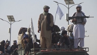 """Талибаните въвеждат схема """"храна срещу работа"""" за безработни"""