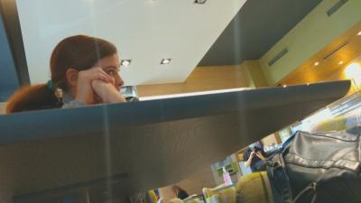 Експеримент на БНТ: Репортер влезе в мол с чужд сертификат