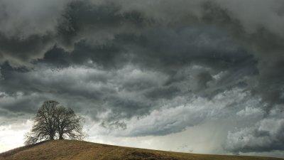 Облачно време, но почти без валежи