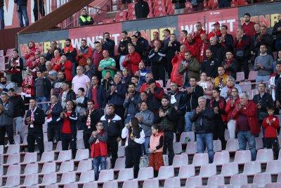 ЦСКА срещу Зоря пред публика, отварят пунктове за тестване