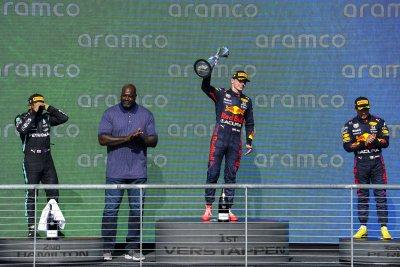 Верстапен увеличи преднината си пред Хамилтън след триумфа на Гран При на САЩ