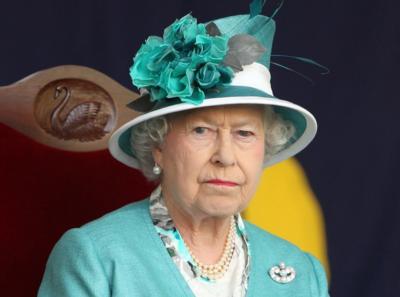 Кралица Елизабет II отмени пътуване по съвет на лекарите