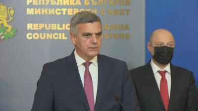 Премиерът Янев: Грешката ни е, че чакахме до последния момент, за да обявим тези мерки