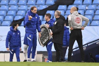 Обсъжда се петте смени във футбола да останат