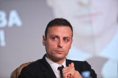Бербатов: Ще помогнем на клубовете да доведат започнатото докрай