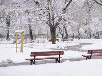снимка 5 Снежна София през март