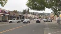 Жители на Калифорния помагат на малкия бизнес